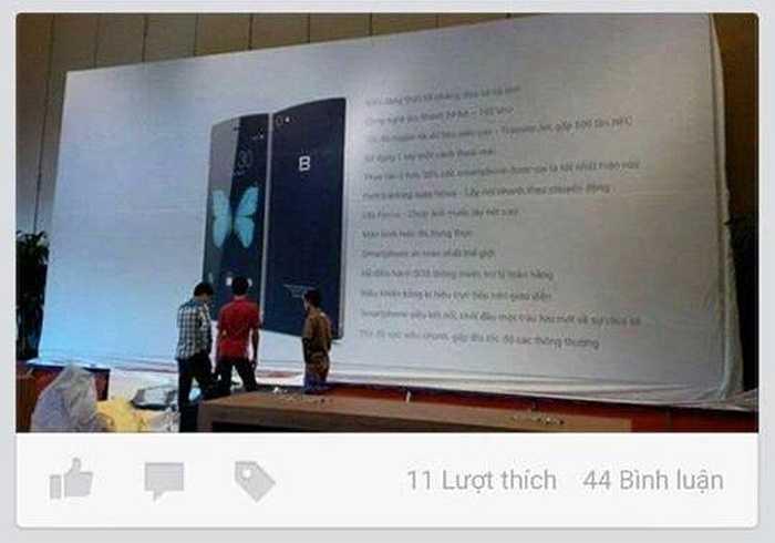 Chiều tối nay (25/5) một Facebooker rò rỉ hình ảnh kỹ thuật viên đang dựng màn hình lớn với chiếc điện thoại có chữ B, trong một khán phòng rộng, được cho là của sự kiện ngày mai. Chiếc Bphone trông sẽ như thế này? (Trần Anh)