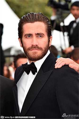 Jake Gyllenhaal bảnh bao trước ống kính. Anh cũng là người 'cầm cân nảy mực' tại Cannes lần thứ 68. (Nguồn: Zing)