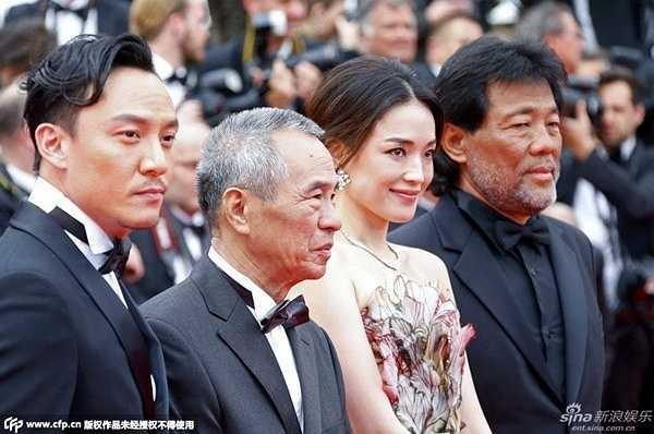 Tới Cannes lần này, Thư Kỳ cùng đoàn làm phim Nhiếp Ẩn Nương cạnh tranh ở nhiều hạng mục giải thưởng. Tuy trượt giải Cành cọ vàng nhưng phim đã thắng ở đề cử Đạo diễn xuất sắc nhất, dành cho Hầu Hiếu Hiền.
