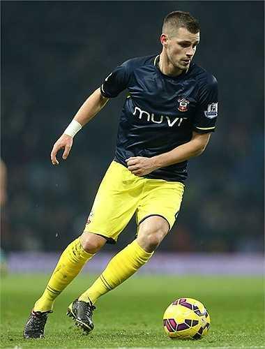 Morgan Schneiderlin cũng được tính đến, nhưng có lẽ Southampton không dễ để trụ cột của họ ra đi