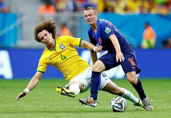 Cầu thủ trẻ Claise, đồng hương của Van Gaal cũng là 1 mục tiêu tiềm năng