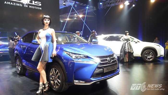 Lexus NX200t sở hữu nội thất sang trọng và đậm chất thể thao mạnh mẽ. Các thiết kế gần như chỉ tập trung vào cảm giác lái của người dùng tương tự như trên siêu xe Lexus LFA danh tiếng.
