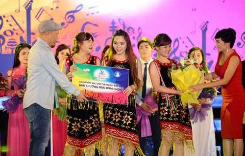 Ca sĩ Phương Thanh: Ngạc nhiên vì sinh viên vẫn thích ca khúc truyền thống
