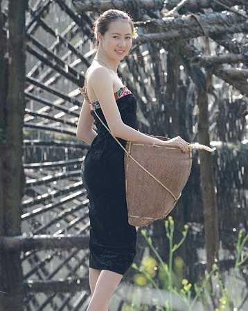 Cô gái xinh xắn này là Đỗ Thị Thùy Linh, sinh năm 1993, đến từ Sơn La.