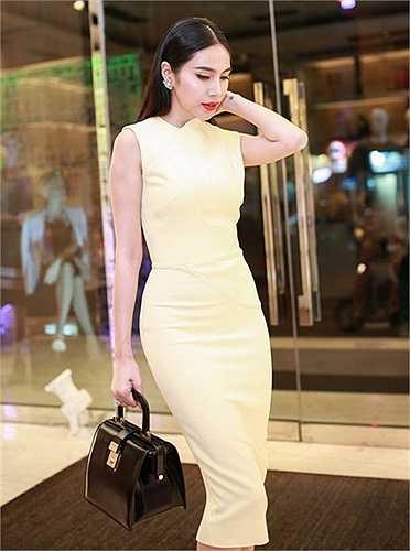 Tuy nhiên điểm chung của chúng đó là một chiếc váy thanh lịch, duyên dáng và quan trọng phải đảm bảo tính thoải mái.