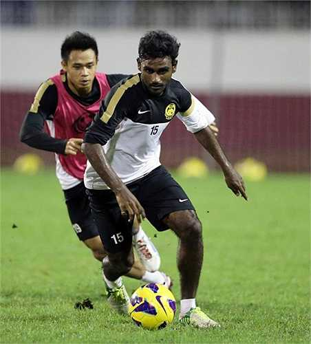 Tiền vệ Gary Steven Robbat - U23 Malaysia (23 tuổi).