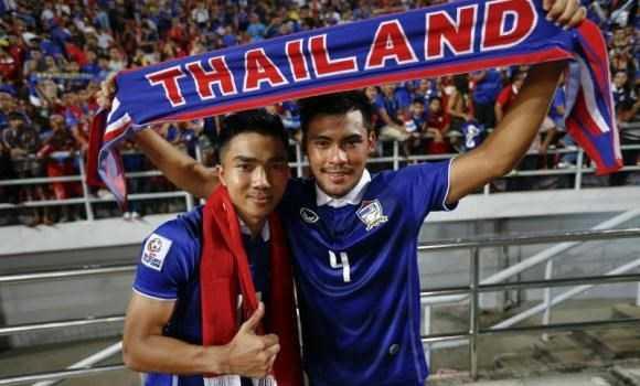 Messi Thái Lan vừa hạ tuyển VN