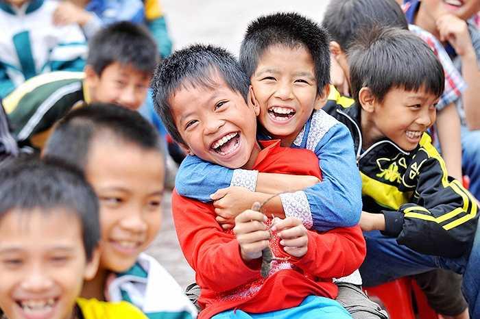 Kết quả nghiên cứu được báo cáo tại hội nghị do Bệnh viện Răng hàm mặt Trung ương TP.HCM tổ chức năm 2014 cho biết, hơn 90% trẻ 6 tuổi bị sâu răng. Trong đó, tỷ lệ mắc sâu răng ở trẻ nông thôn luôn cao hơn thành thị.