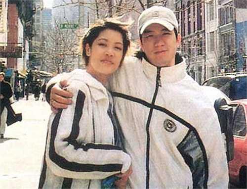 Hà Hồ được cho là ngươi thứ 3 phá vỡ hạnh phúc giữa Thu Phương và Huy MC