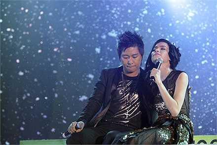 Tuy nhiên, năm  2010, cả hai vẫn bỏ qua những lùm xùm trong quá khứ để hòa giọng trong ca khúc Yêu thương mong manh tại đêm diễn đầu của tour Hồ Ngọc Hà - Tìm lại giấc mơ.