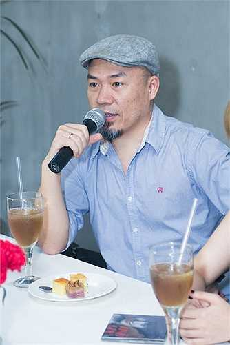 Tuy nhiên, mối quan hệ thân thiết giữa Hồ Ngọc Hà và nhạc sĩ Huy Tuấn và việc gia đình Huy Tuấn bắt đầu lục đục khiến thông tin cho rằng chuyện tình cảm giữa họ đang nảy nở ngày càng lan rộng.