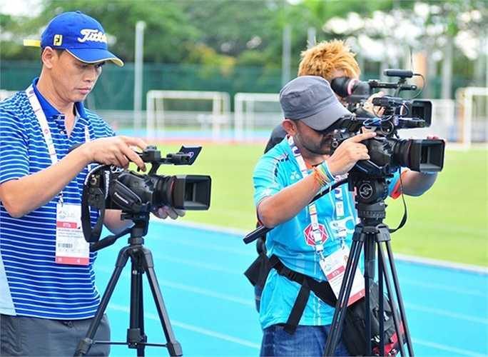 Số lượng phóng viên đi theo đội U23 Thái Lan nhiều hơn cả khi đội bóng này dự Asian Cup.