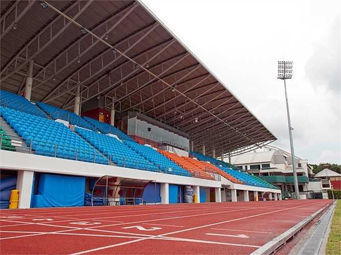 Bishan có sức chứa 4.000 chỗ ngồi và hiện là sân nhà của CLB Home United FC thi đấu ở S-League.