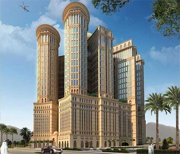 Khách sạn này 10.000 phòng ngủ, 4 sân đỗ trực thăng, 70 nhà hàng và cao 45 tầng.