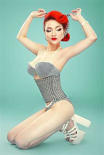 Hot girl đời đầu có vòng 1 tuyệt mỹ nổi như cồn với những shot hình nóng bỏng, đầu tiên là bộ ảnh đấm bốc.