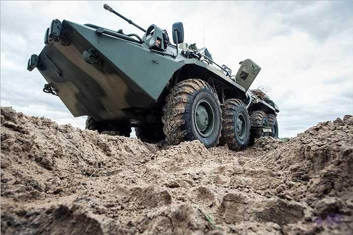 Loại xe mới được nâng cấp giáp, thêm thảm chống mìn
