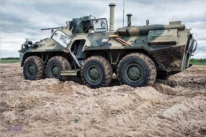 BTR-82 được tăng cường khả năng cách âm, cách nhiệt so với phiên bản cũ