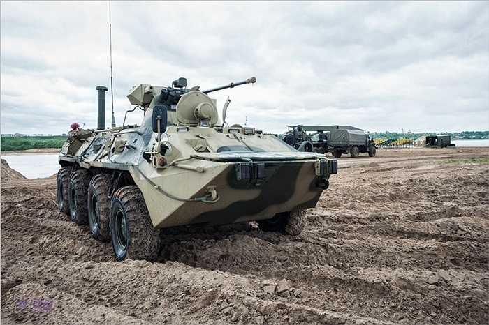 Xem thêm ảnh của xe lội nước hiện đại BTR-82 của Nga