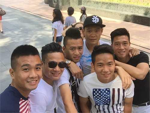Cả đội hào hứng trong lần đầu dự SEA Games