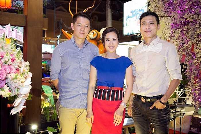 Thời gian gần đây, hoa hậu Thu Hoài ít tham gia các hoạt động giải trí, cô chuyên tâm tập trung cho công việc kinh doanh spa, nhà hàng…
