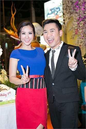 Don Nguyễn cũng đến chúc mừng 'đàn chị'.