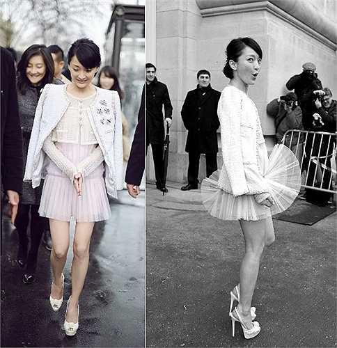 Tháng 3/2012, Châu Tấn có mặt tại kinh đô ánh sáng để tham dự show diễn của Chanel trong khuôn khổ tuần lễ thời trang Paris. Một cơn gió vô tình đã khiến người đẹp bị tốc váy ngay trên con đường dẫn vào nơi tổ chức sự kiện, giữa hàng trăm máy ảnh đang sẵn sàng hoạt động. Tuy nhiên, phản ứng dễ thương của Châu Tấn lại khiến ai cũng phải yêu khoảnh khắc 'đỏ mặt' này của cô. Hình ảnh của Châu Tấn được truyền thông thế giới so sánh với khoảnh khắc tốc váy nổi tiếng của Marilyn Monroe. (Nguồn: Zing)