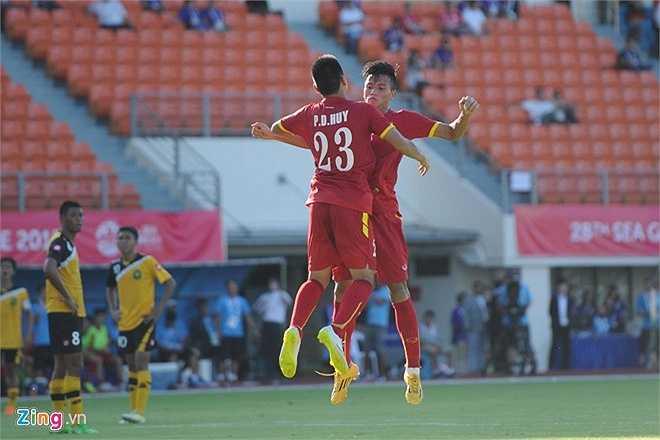Đức Huy lần đầu tiên ghi bàn ở một kỳ SEA Games