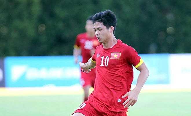 Mọi chuyện chỉ thay đổi ở hiệp 2 khi Công Phượng vào sân và U23 Brunei liên tiếp thể hiện sự nghiệp dư ở hàng thủ