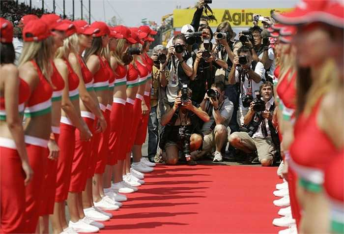 Các nhiếp ảnh gia tác nghiệp tại đường đua F1 Hungary
