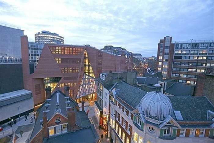 10. Trường kinh tế London    Số tỷ phú: 12