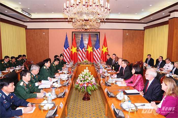Đoàn đại biểu Bộ Quốc phòng Việt - Mỹ hội đàm