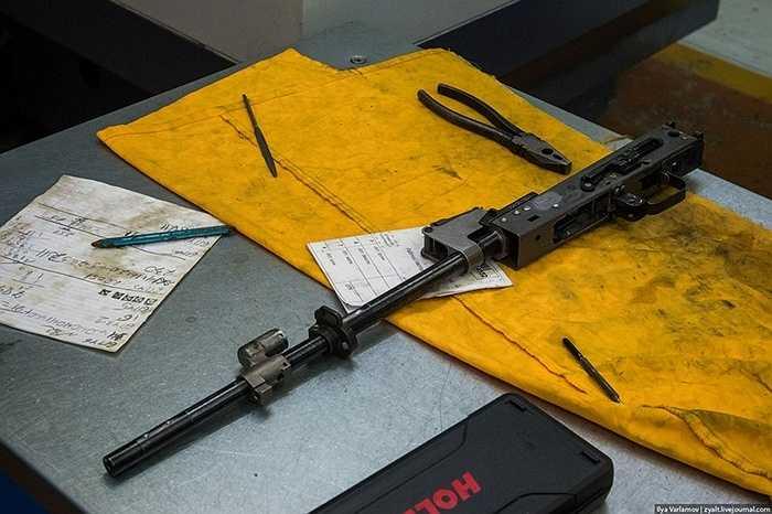 Không chỉ súng trường cá nhân, nhà máy Kalashnikov còn chế tạo rất nhiều loại súng.