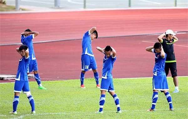 HLV Miura vừa hạ chỉ tiêu, chỉ cần U23 Việt Nam vào bán kết, không nhất thiết phải đứng đầu bảng.