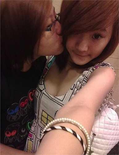 Trước đây, Phương Trang khá hồn nhiên, tinh nghịch, đậm chất tuổi teen.