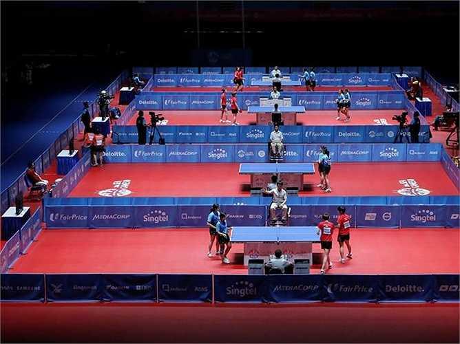 Dương Thị Nga và Vũ Thị Hà dừng bước tại tứ kết đôi nữ khi để thua Komwong Nanthana và Sawet Tabut của Thái Lan với tỷ số 1-3 (tỷ số các set lần lượt là 5-11, 11-6, 10 -12 và 8-11).