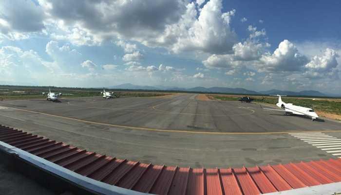 sân bay attapeu