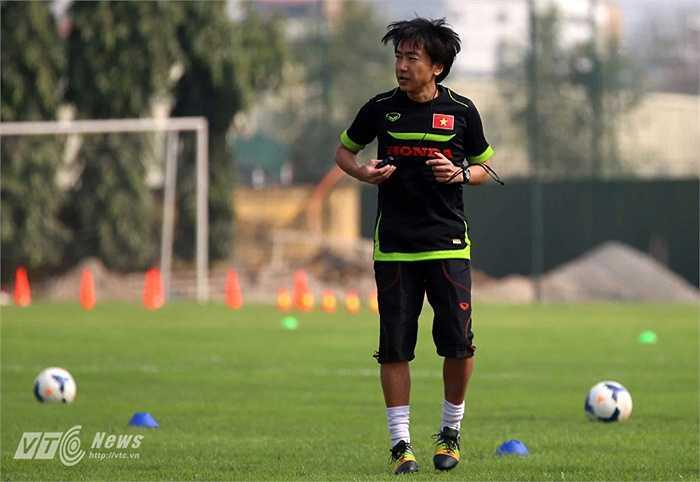 HLV Miura thắng 2 thua 1 trước Malaysia