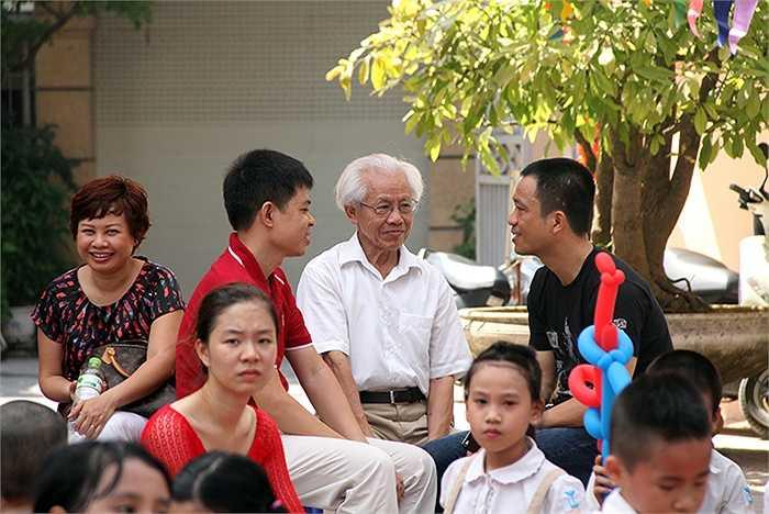 GS.TSKH Hồ Ngọc Đại chia sẻ những thông tin hữu ích với các phụ huynh về cách nuôi dạy con