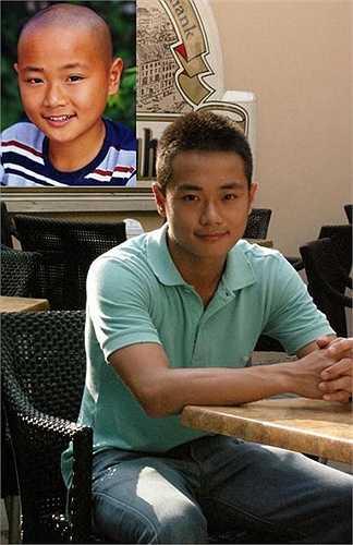 Năm lên 8, Tào Tuấn được một công ty truyền hình Singapore mời tham gia một số phim, nổi bật là Chân mệnh tiểu hoà thượng. Khai Tâm là vai diễn đầu tay đã giúp Tào Tuấn trở nên nổi tiếng.