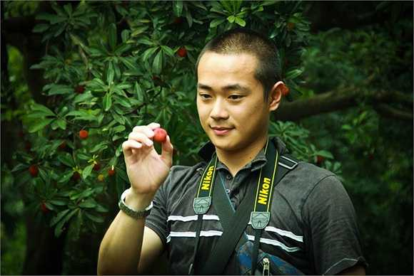 Năm 2005 Tào Tuấn tái ngộ với khán giả qua các bộ phim như Bảo liên đăng, Huyện thái gia 9 tuổi...