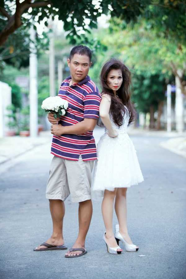 Vợ chồng Cẩm Ly - Minh Vy nổi tiếng với lối sống kín kẽ, giản dị nhất showbiz Việt với 11 năm sống hạnh phúc không scandal