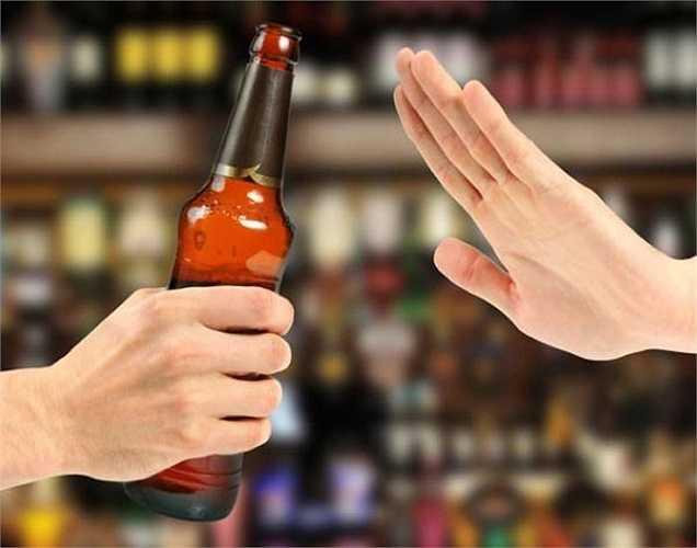 Một nghiên cứu chỉ ra rằng việc điều trị nghiện rượu thành công đối với 40-70 % người tham gia sau khoảng sáu tháng.