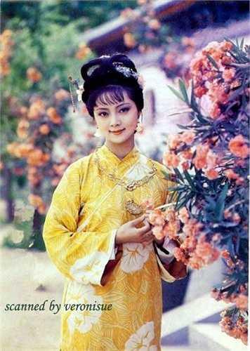 Trương Lợi trong vai Bảo Thoa.