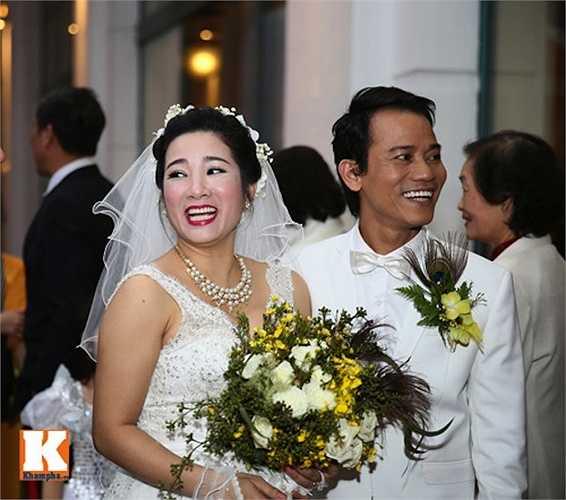 Thanh Thanh Hiền và Chế Phong hiện đang chung sống rất hạnh phúc bên nhau.