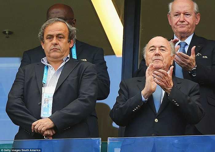Chủ tịch UEFA Michel Platini từng được coi là đối thủ của Sepp Blatter cho chức Chủ tịch FIFA. Tuy nhiên huyền thoại người Pháp đã quyết định không ra tranh cử năm nay