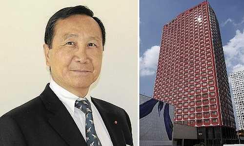 Mới đây, thông tin vị đại gia Việt mua khách sạn Paris với trị giá khoảng 200 triệu Euro (tương đương 4,7 nghìn tỉ đồng) khiến nhiều người không khỏi tò mò về độ giàu có của ông.