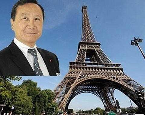 Trước đó, năm 2014, ông Chúc Hoàng từng gây bão dư luận với dự định 'mua lại tháp Effiel'. Thực chất, đây là thương vụ ông Chúc Hoàng muốn thâu tóm công ty Tháp Eiffel (của kỹ sư Gustave Eiffel) song không thành công.