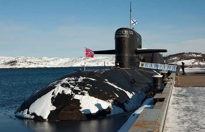 Tàu ngầm hạt nhân Karelia nằm ở căn cứ của Hạm đội phương Bắc