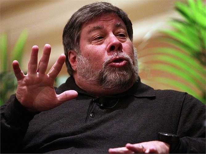12. Steve Wozniak  Steve Wozniak bỏ đại học California trước khi trở thành nhà đồng sáng lập Apple. Hiện tài sản của ông có giá trị 100 triệu USD.