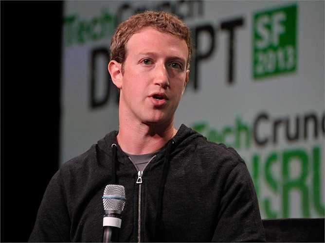 6. Mark Zuckerberg  Nhà tỷ phú trẻ này cho ra mắt Facebook khi đang học đại học Harvard. Nhưng sau đó, anh bỏ học để phát triển trang mạng xã hội này. Hiện, Zuckerberg đang nắm giữ 32,5 tỷ USD.